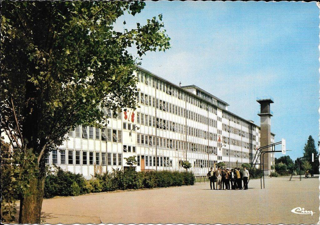 lycée de Corbeil-essonnes. Pol Abraham