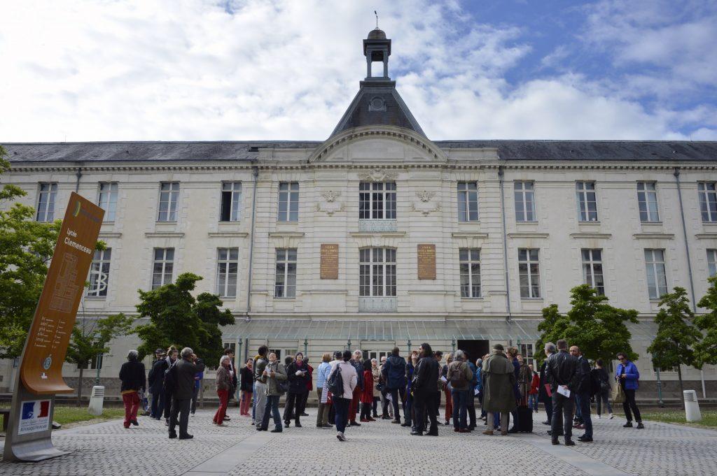 Le lycée Clemenceau avec expédition urbaine expéditions urbaines enseignement éducation