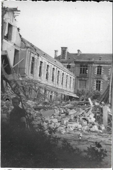 Lycée 23 octobre 1943 Photo CB Coll JLL